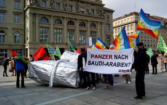 Schweizer Waffenexporte an Staaten die Kriege führen und foltern, trotzdem die Kriegsmaterialverordnung dies verbieten würde