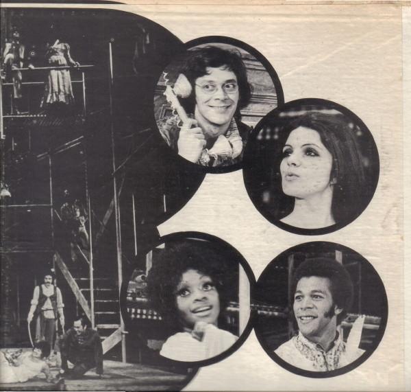 Original Broadway leads: Raul Julia as Proteus Diana Davila as Julia Jonelle Allen as Sylvia Clifton Davis as Valentine