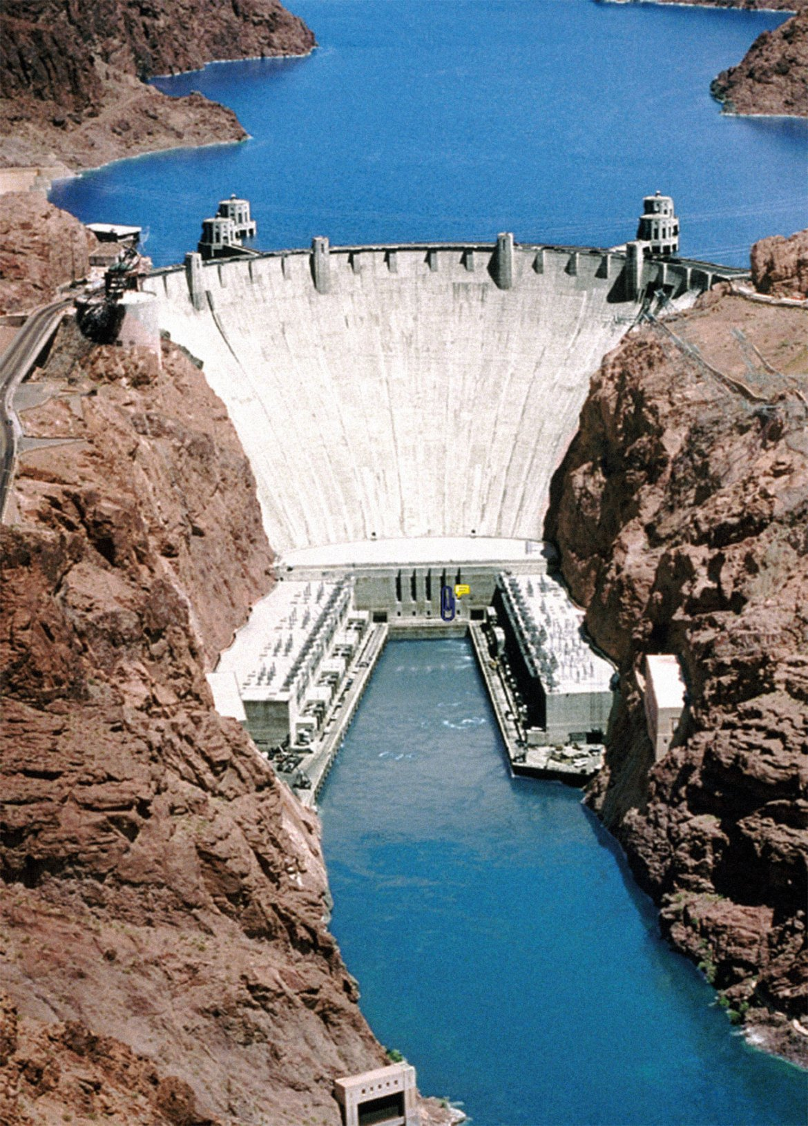 View from above the Hoover Dam on the Colorado River in Boulder City, Nevada. The Victaulic Stainless Steel grooved system provided ease and speed of installation allowing the project to be completed on time.