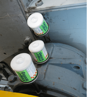 You are currently viewing Problems with water contaminating grease?