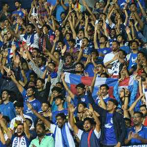 Top 5 ISL Matches with Highest Attendance 63350959