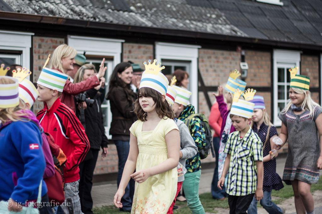 Kinderschuetzenfest Gartow: Vorbereitung für den Ummarsch