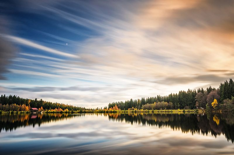 Autumn Breeze: Herbsstimmung am Fichtelsee. Foto (c) Simon Markhof.