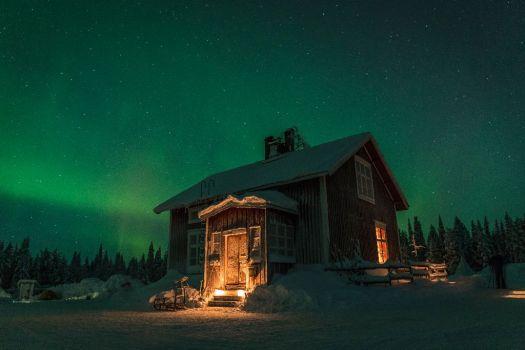 lars in lappland mit polarlicht