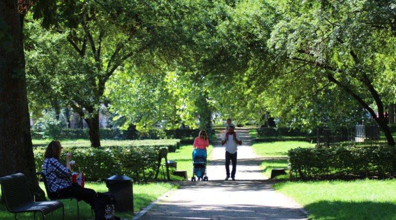 Ein Park lernt sprechen