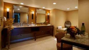 Suite Vanity Area
