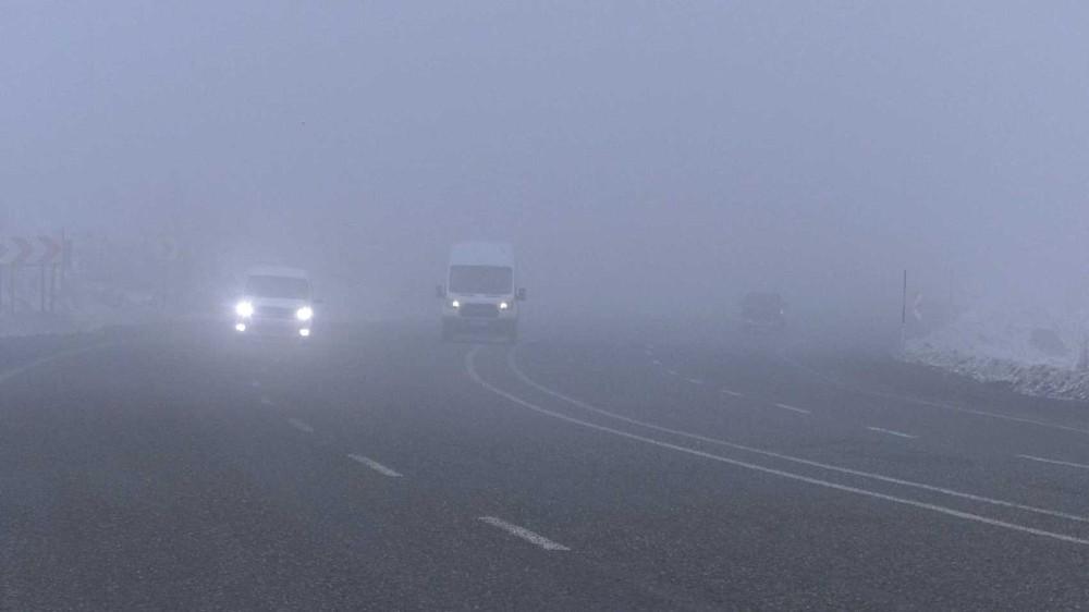 Iğdır-Doğubayazıt karayolunda sis etkili oldu