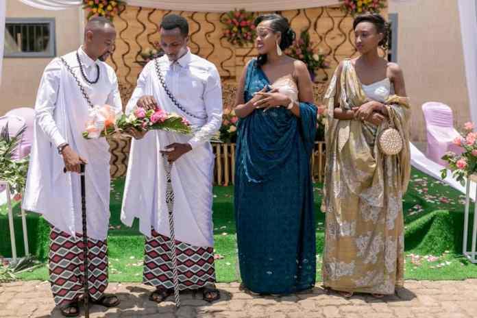 Umunyamategeko wa Ferwafa, akaba n'Umunyamakuru wa Radio/TV 10, Karangwa Jules yereka Irambona uko yitwara ku munsi we w'amateka