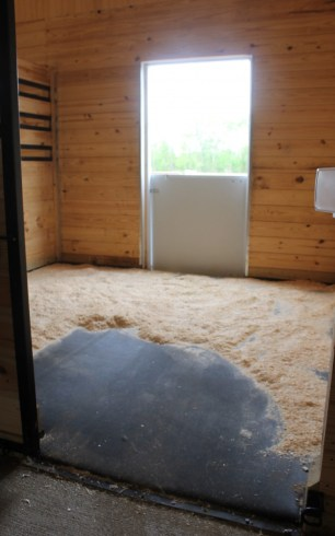 SmartStall horse stall mattress, igk equestrian, horse stall bedding