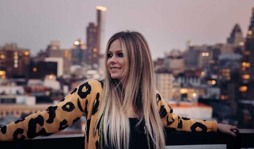 Avril Lavigne's Instagram Live Stream from November 24th 2019.