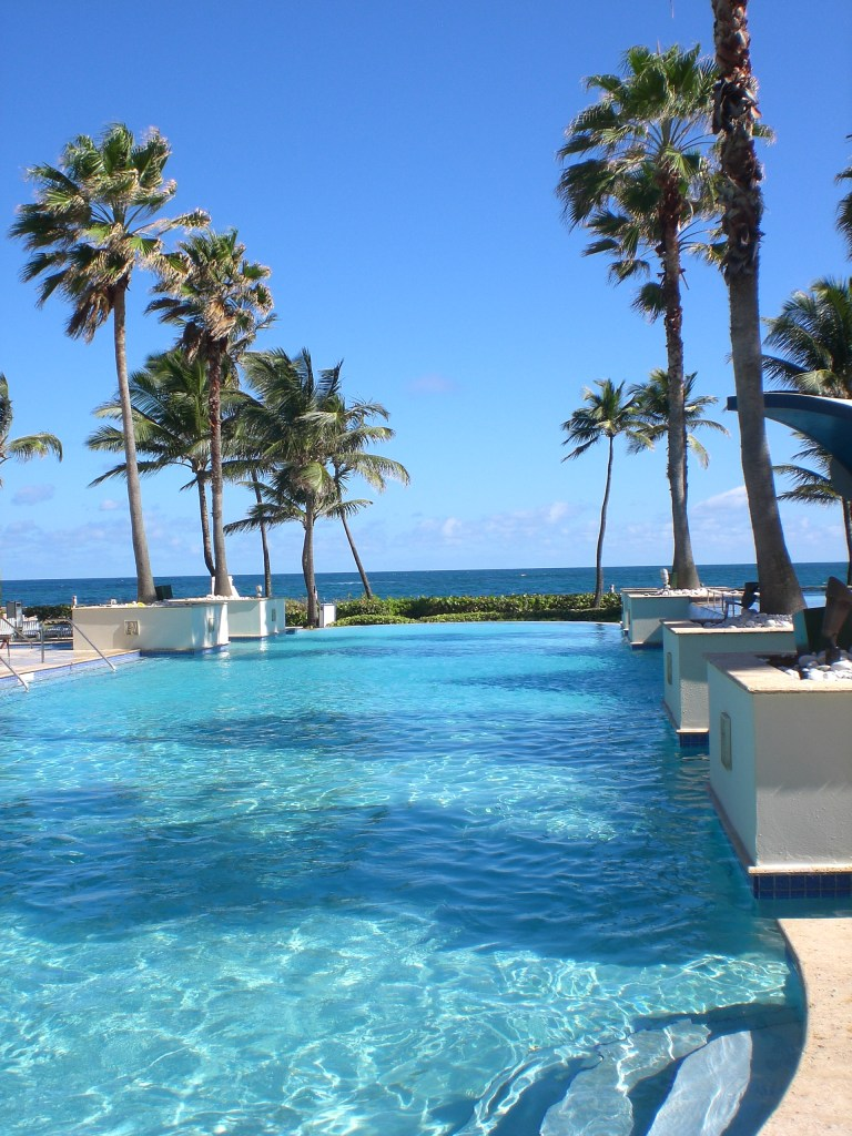 Hotel Caribe Hilton San Juan Puerto Rico in January heat while the snow falls at home
