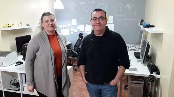 Podcasteando .. Entrevista a Mercedes y Roberto Blogalizate