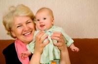 Podrían pedir licencia los abuelos por nacimiento de nietos