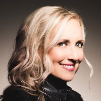 Headshot of Stephanie Rogers