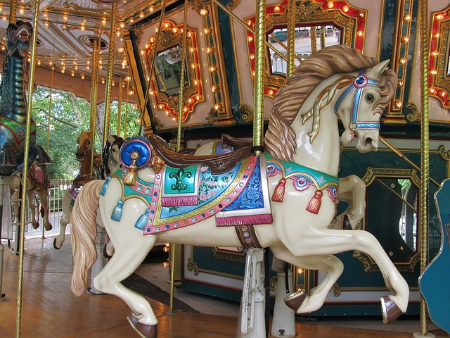 wooden-horse-1746813_640