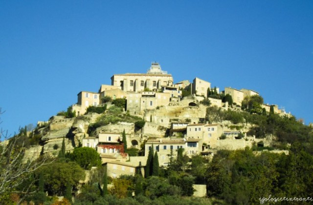 Villaggio arroccato di Gordes, in Provenza