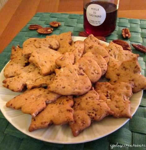 Biscotti con noci pecan e miele di castagno