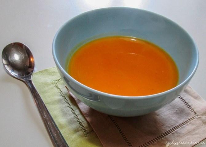 Zuppa di patate dolci con zenzero e arancia, tratta da Simply Nigella