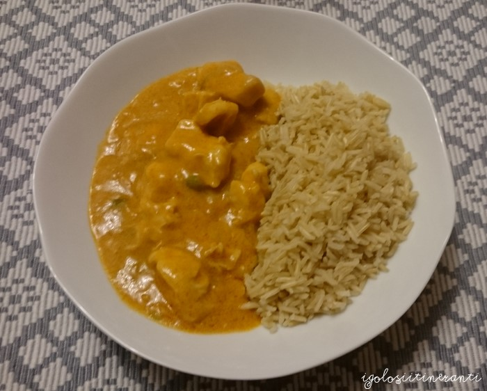 Pollo al curry massaman e latte di cocco