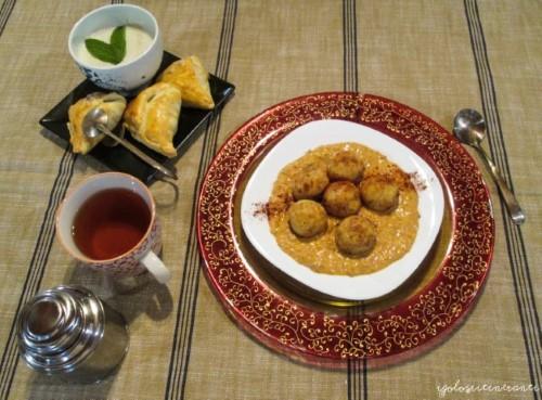"""Menù d'ispirazione fusion orientale """"Namasté"""", in occasione del contest Latti da mangiare 4.0: Malai kofta ai due Mugelli e samosa dolci"""