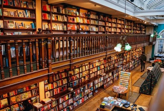 Libreria Daunt Books a Londra