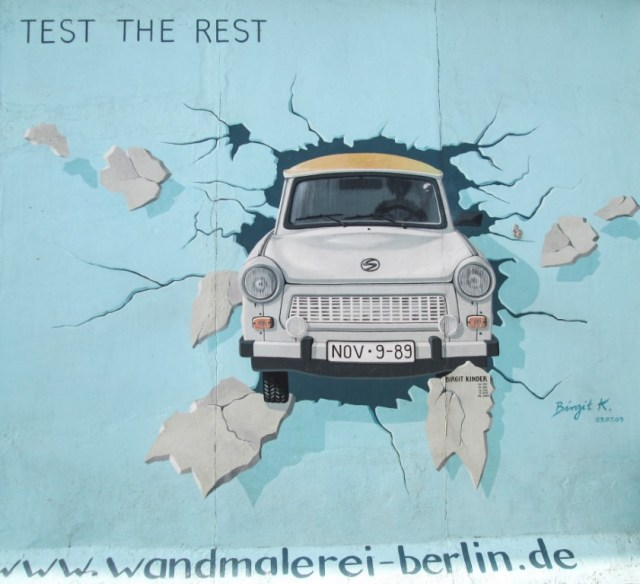 East Side Gallery, muro di Berlino, murales