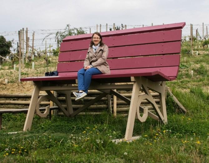 Panchina gigante viola, Castelnuovo Calcea