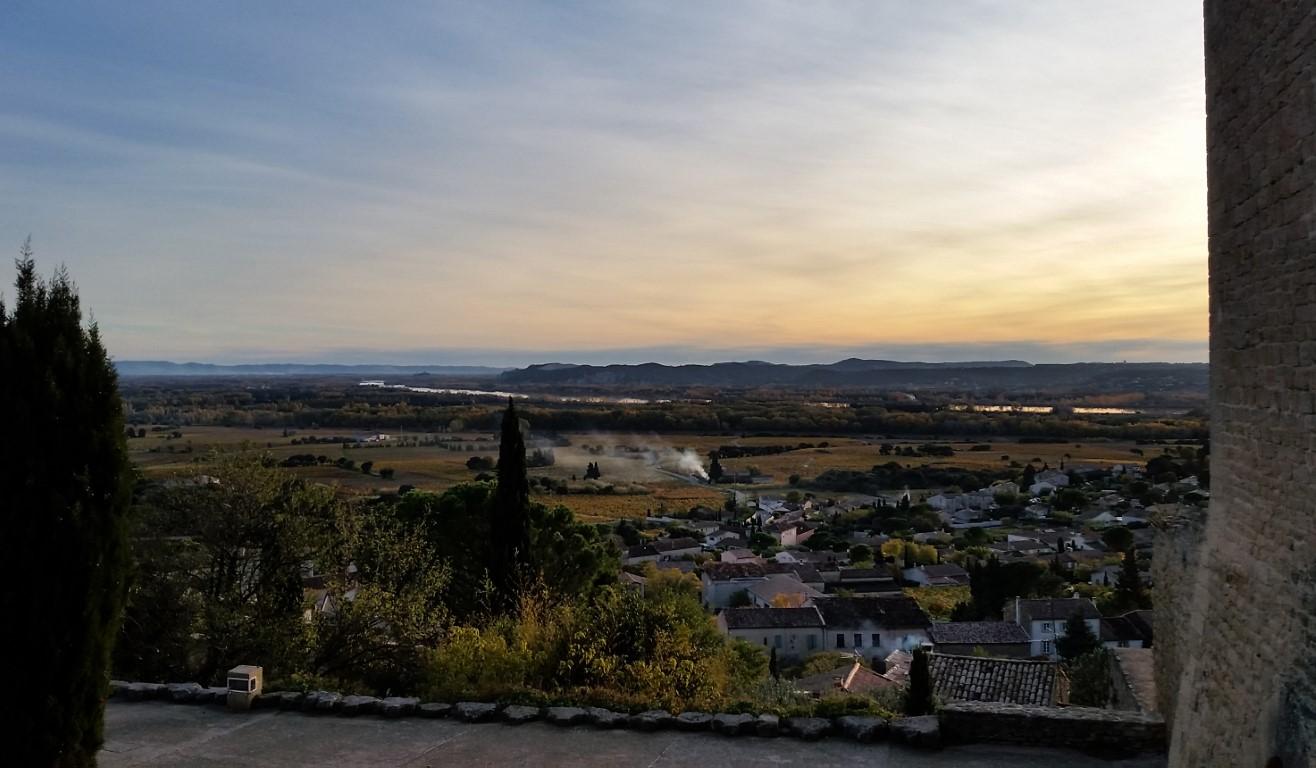 Châteauneuf du Pape: tra i vigneti della Valle del Rodano