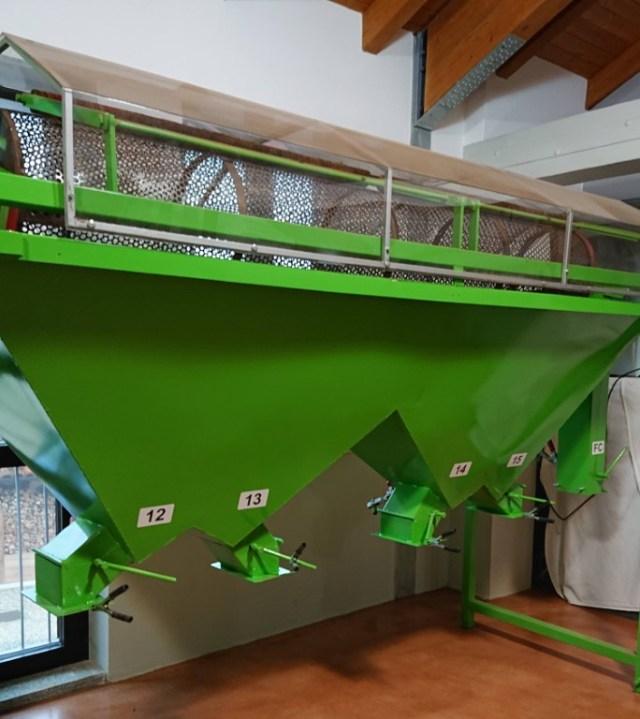 Azienda Agricola Teresina, calibratore nocciole