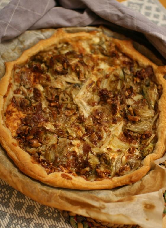 Torta salata scarola gorgonzola noci e pancetta