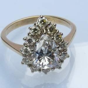 Pear shaped diamant