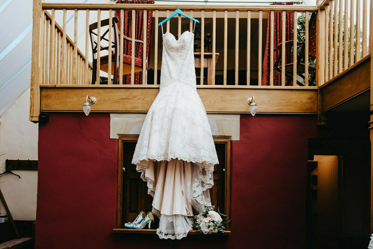 Cressbrook Hall wedding photography - Debbie and Martin 3