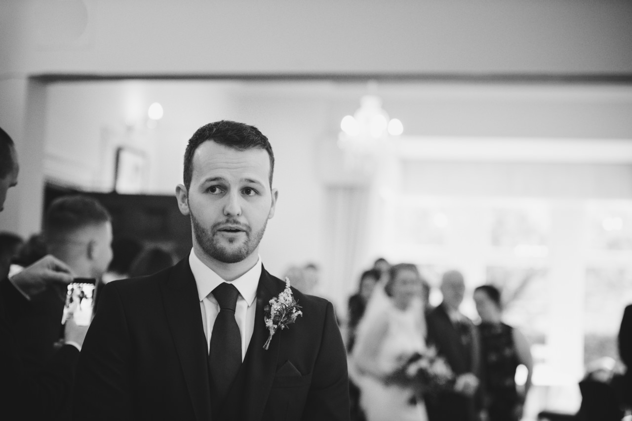WEDDING PHOTOGRAPHY  HUDDERSFIELD -DURKER ROODS HOTEL 20