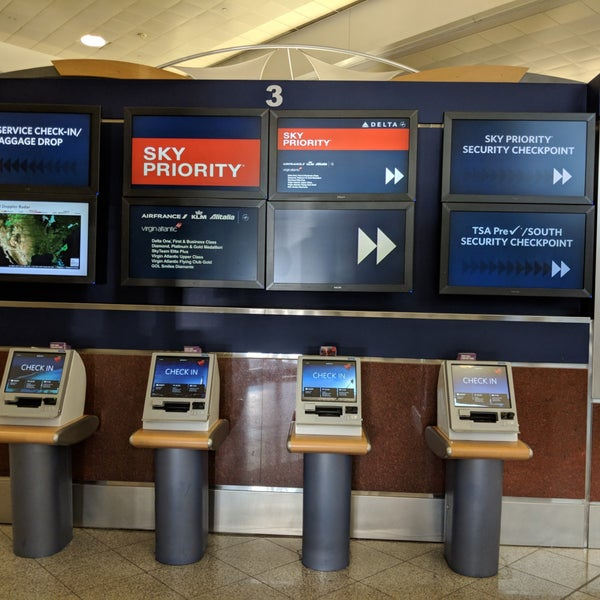Delta Sky Priority Checkin  3 tips from 1095 visitors