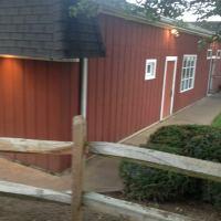 Barn Door Restaurant - American Restaurant