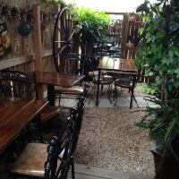 Le Patio Restaurant - French Restaurant in Wilton Manors