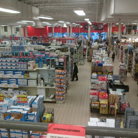 Canadian Tire Furniture Home Store In Rosedale