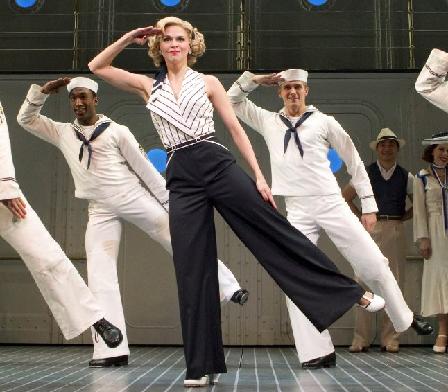 Sutton Foster and company in Anything Goes