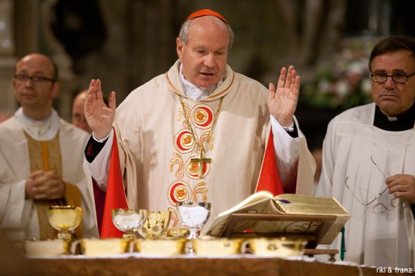 Cardinal Schoenborn says Holy Mass in 20122