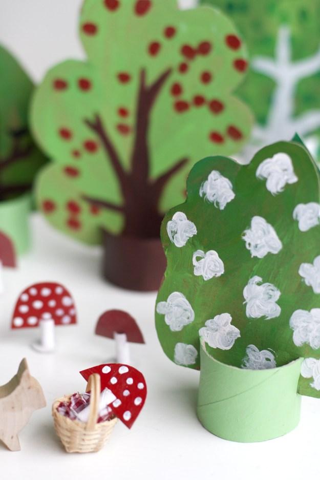 Картонный лес для детей