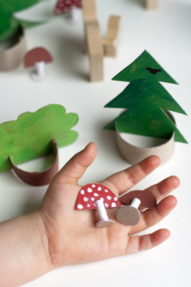 Картонный лес для детей5