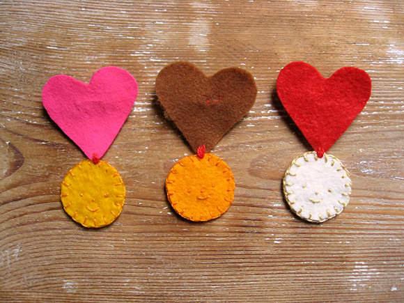 медали сердечки6