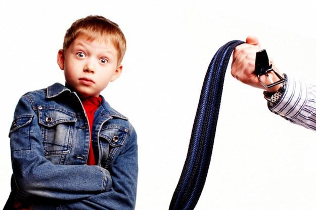 можно ли бить ребенка ремнем