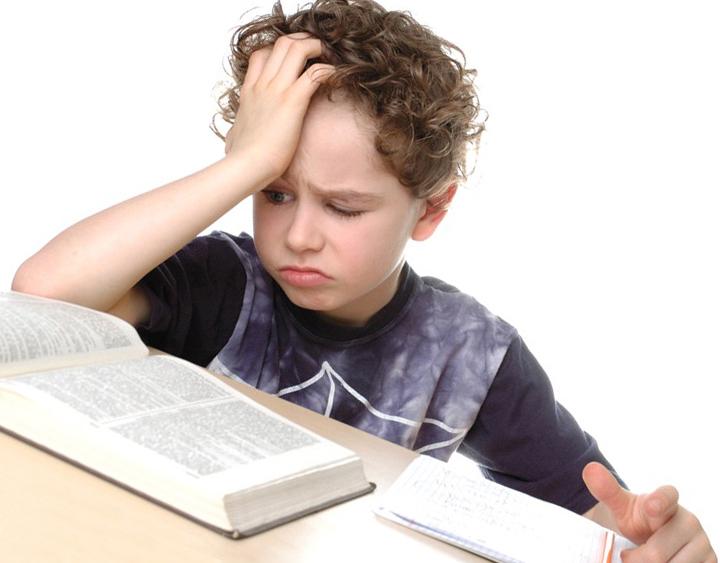 Нужно ли наказывать ребенка за двойку?