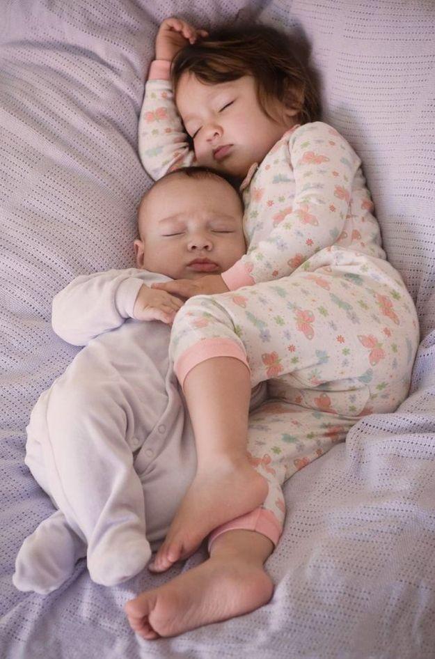 братик и сестричка
