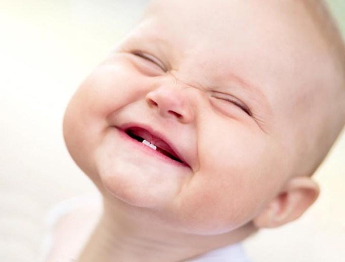 зубки у малыша