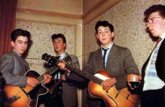 Битлз Харрисону 14 лет, Маккартни — 15, Леннону — 16 лет, 1957