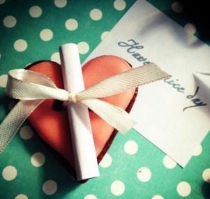 Печенье 3 в 1 — и подарок, и сладость, и пожелание родным и близким