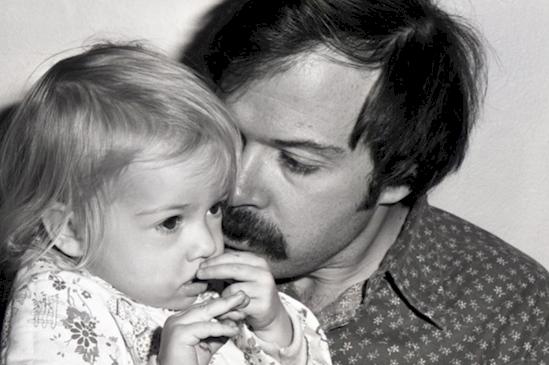 1976 - девочке годик