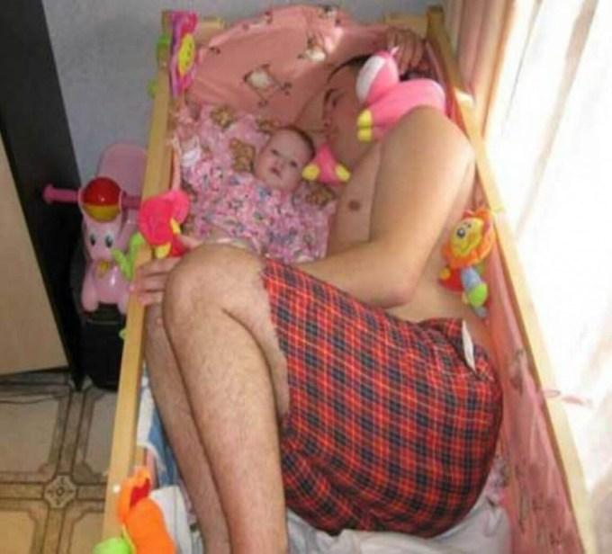 как уложить спать ребенка